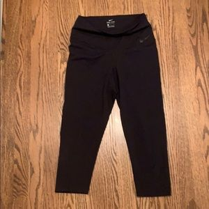 Nike black high waisted dri fit capri leggings
